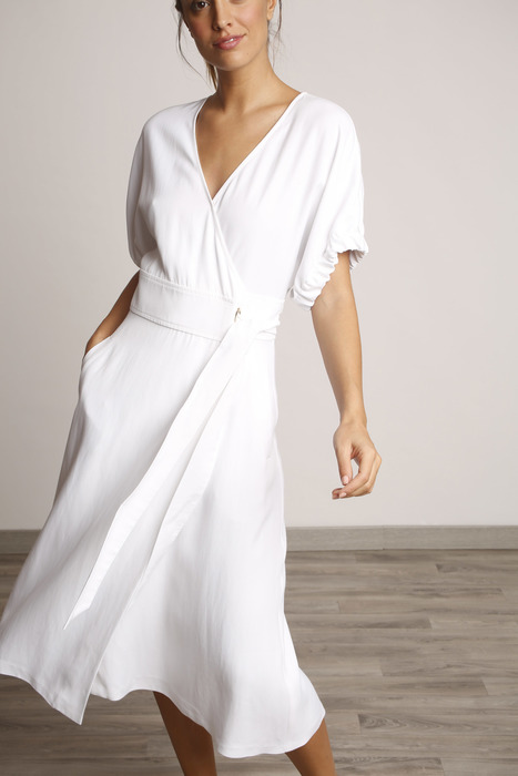 ventas calientes oficial de ventas calientes vendible Vestido fluido blanco corte midi
