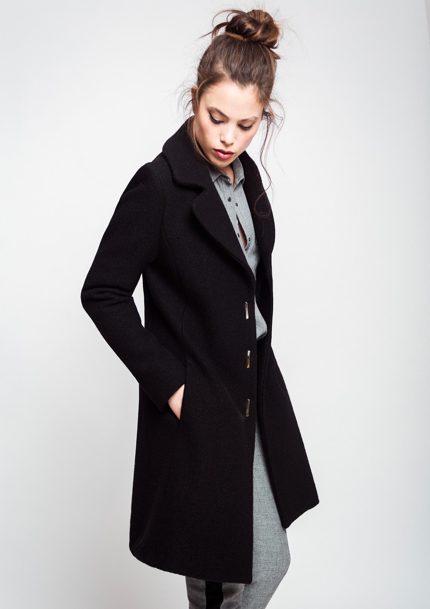 Abrigo negro for Chaqueta tres cuartos