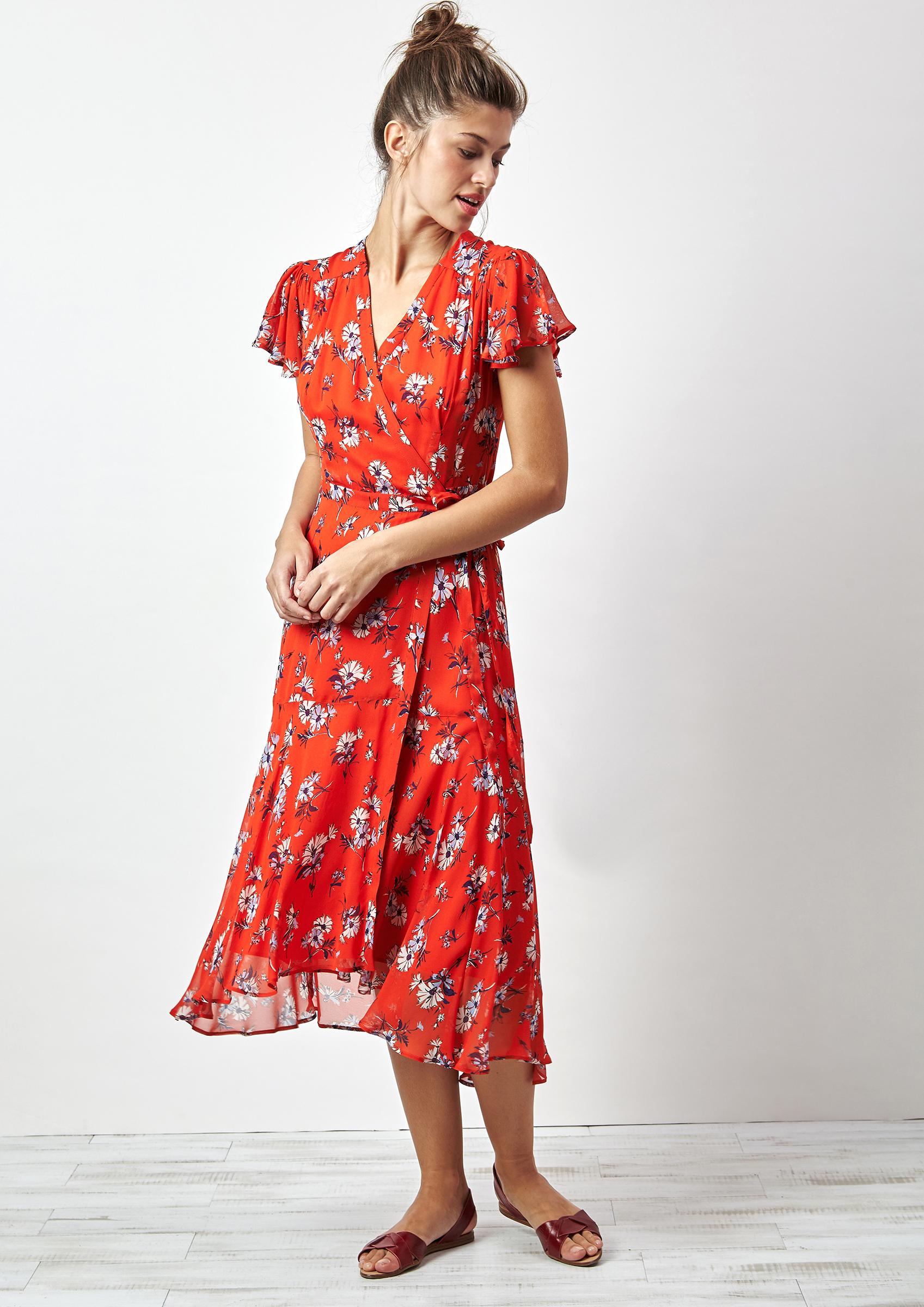 Look vestido rojo estampado