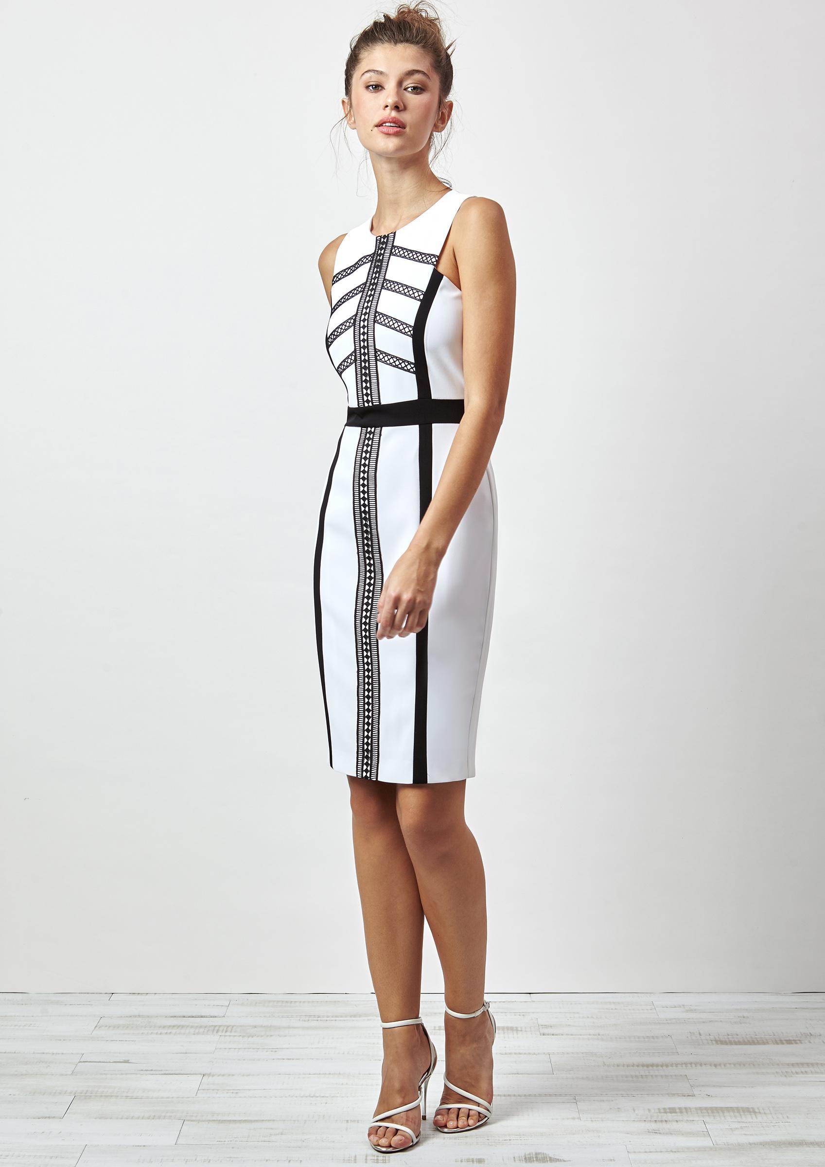 Vestido blanco y negro ajustado