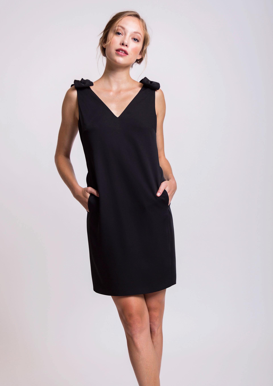 Vestido negro semi formal