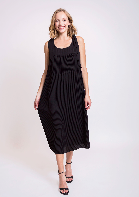Vestidos midi en negro