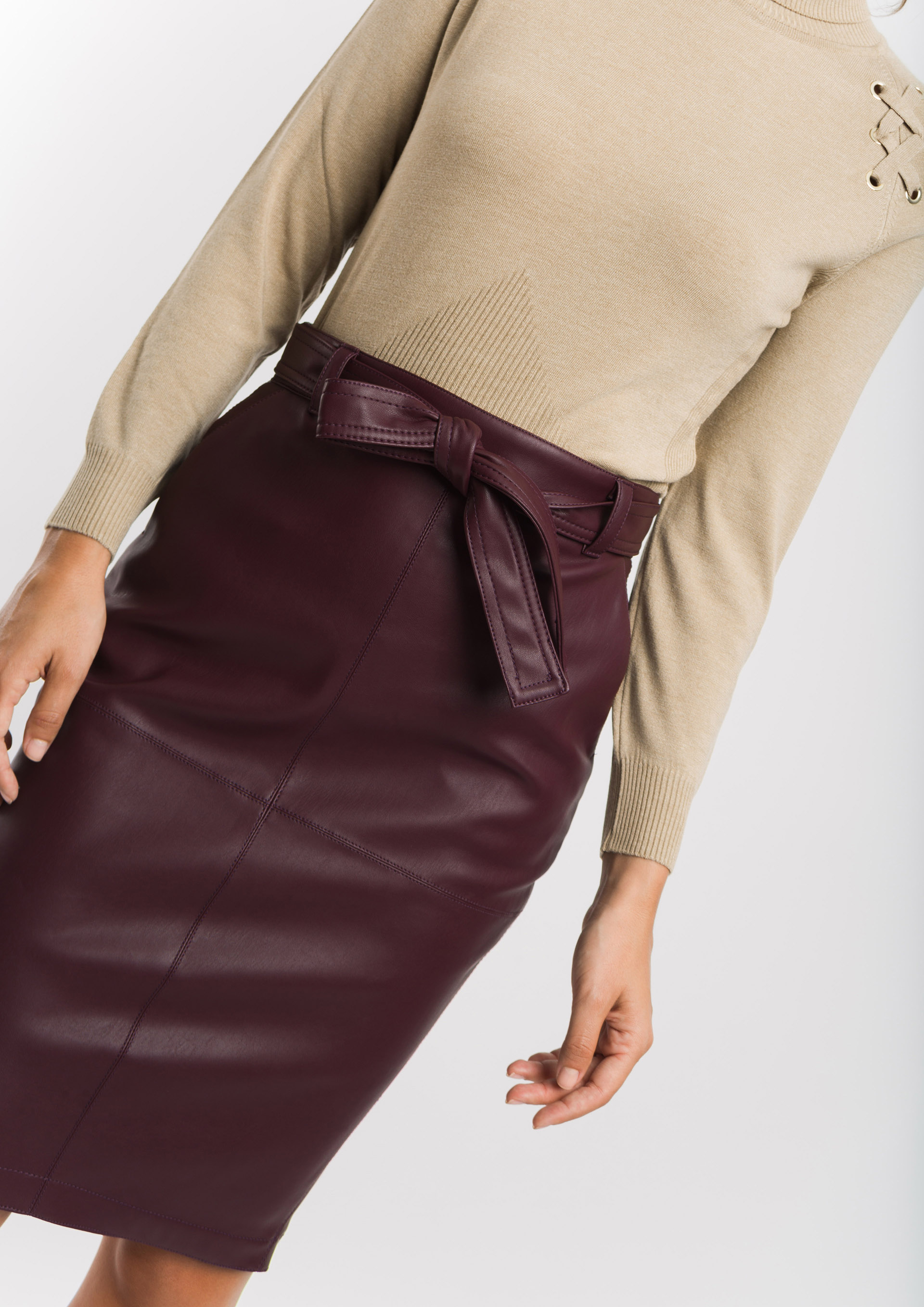 Leather effect aubergine skirt