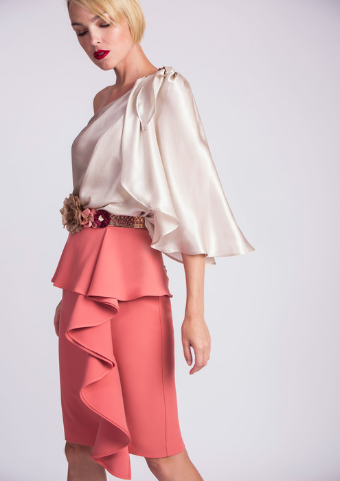 Blouse with skirt in salmon