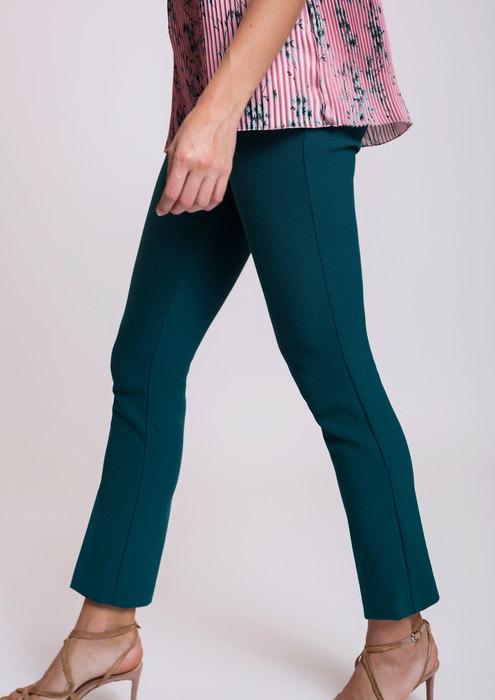 Fitted trousers in cobalt
