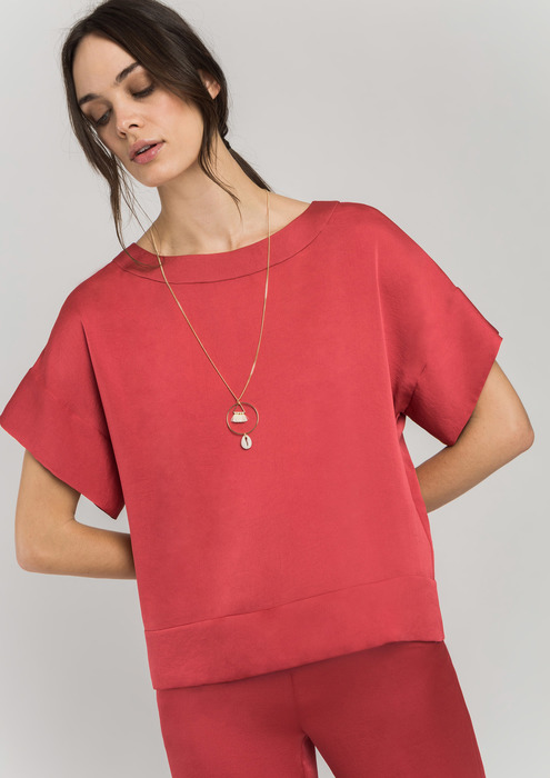 Blusa satinada collar