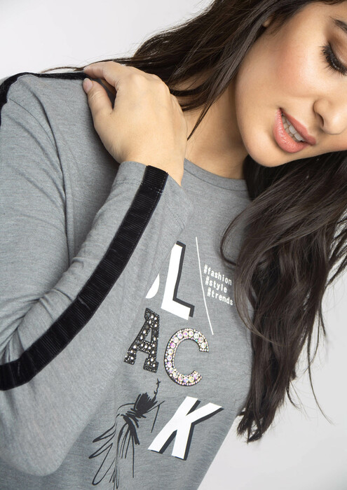 Grey letters T-shirt