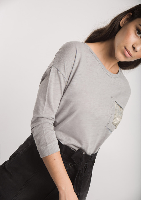 Grey transfer T-shirt with pocket