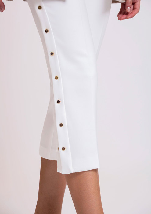 White trousers with side fastenings