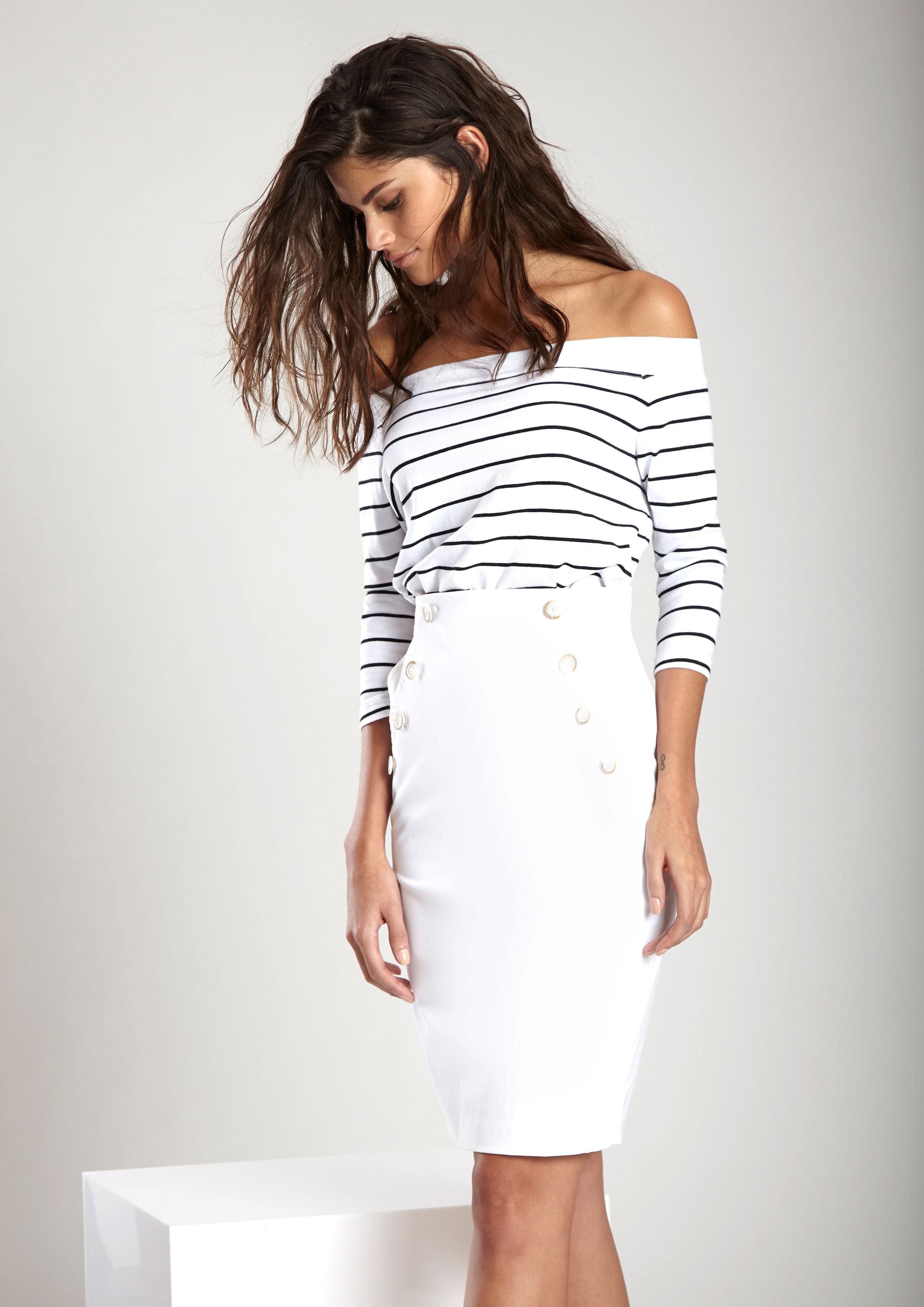 afce308213 Camiseta de estampado rayas blanco y marino