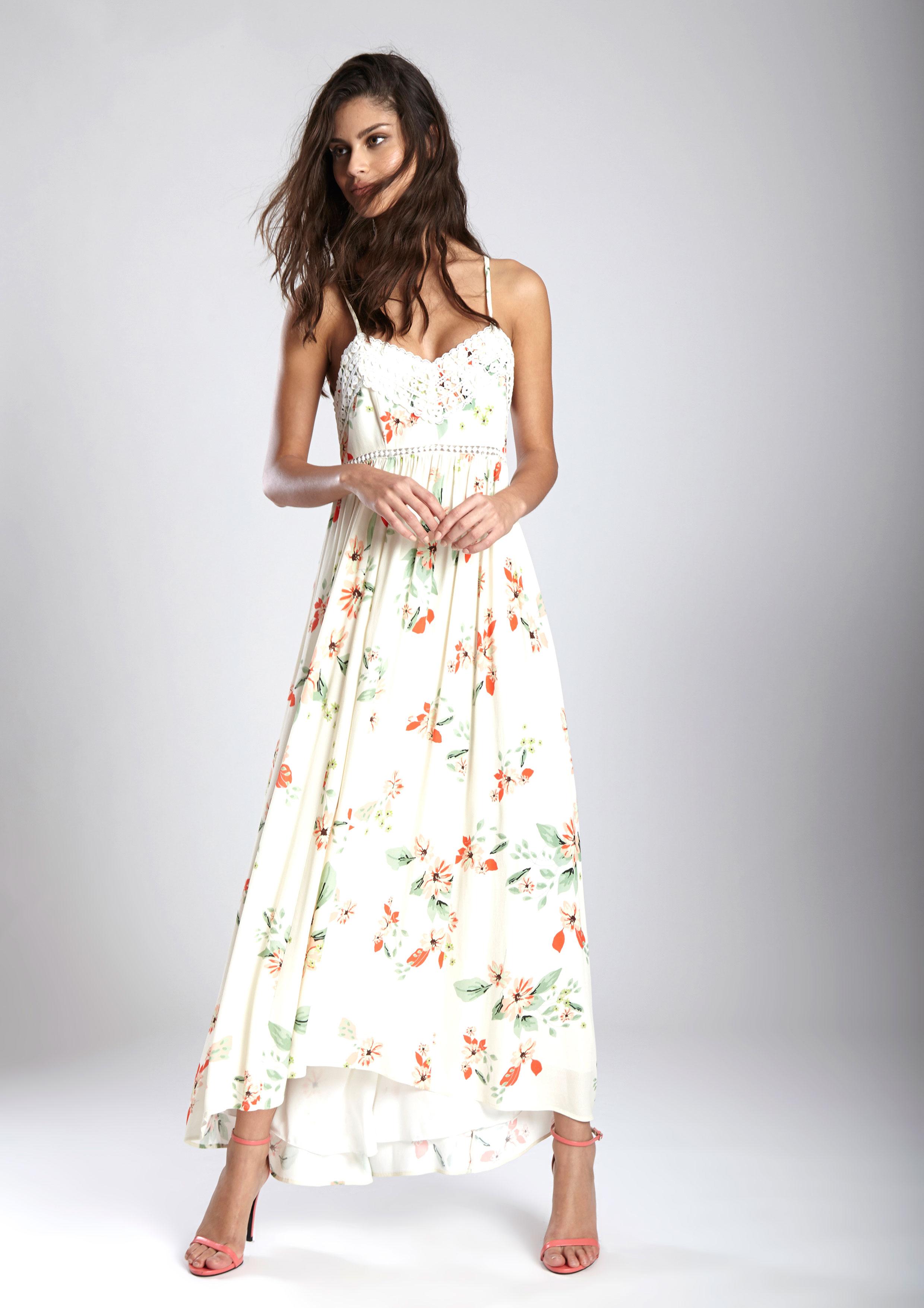 3edf2fb13 Vestido largo crudo con estampado floral